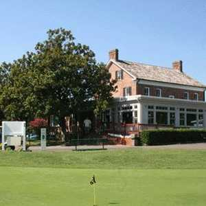 Pohick Bay GC: Clubhouse