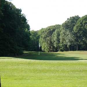 Eighteen Hole at Hog Neck GC: #12
